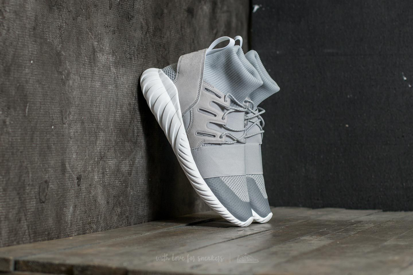 Two Winter N0okx8nzwp Grey Whitefootshop Adidas Doom Vintage Tubular bvYy6gf7