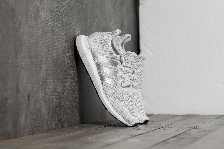 Women's shoes adidas Swift Run W Grey