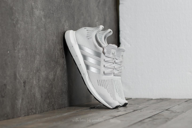 1eee6986c5918 adidas Swift Run W Grey One  Silver Metalic  Ftw White