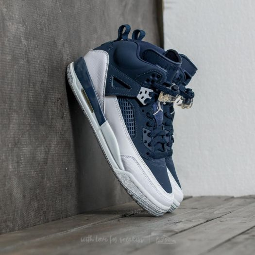 Women's shoes Jordan Spizike (BG