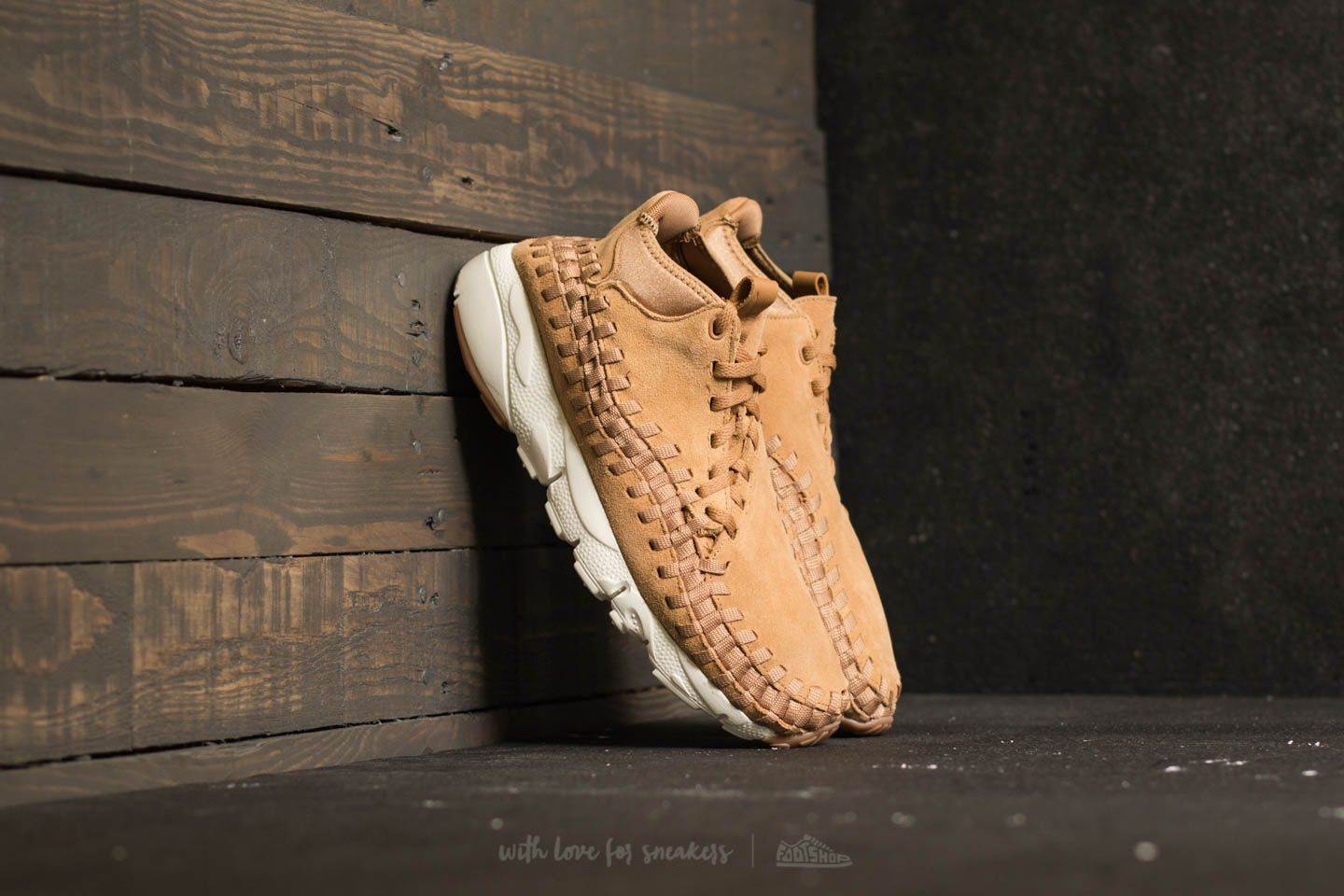 Nike Air Footscape Woven Chukka Flax/ Flax-Sail-Gum Med Brown