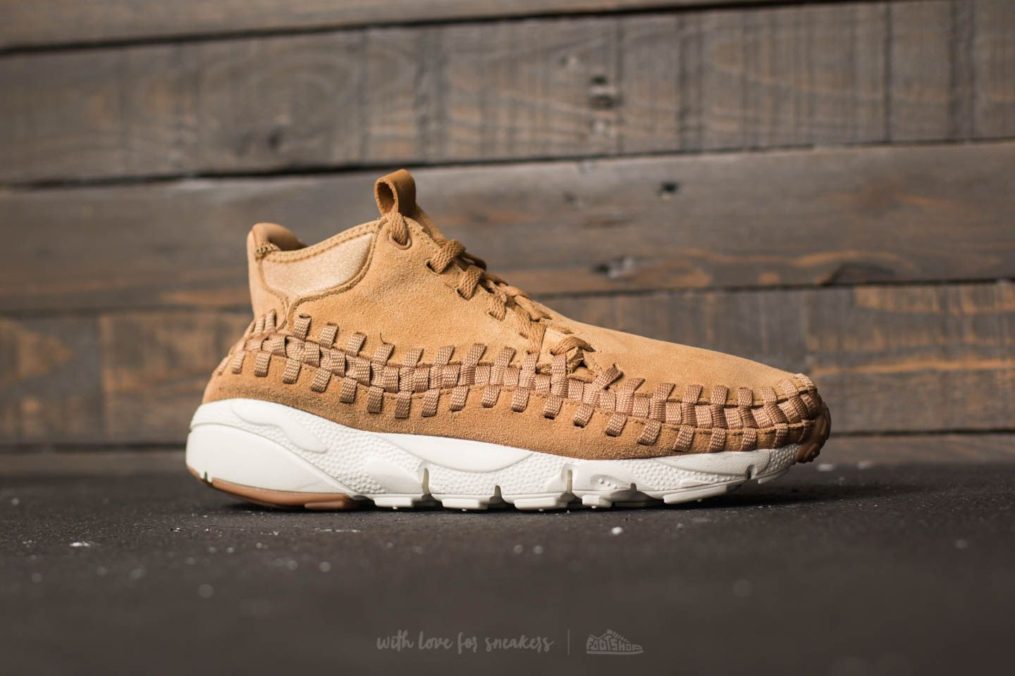 Nike Air Footscape Woven Chukka Flax  Flax-Sail-Gum Med Brown at a a1df43eb6