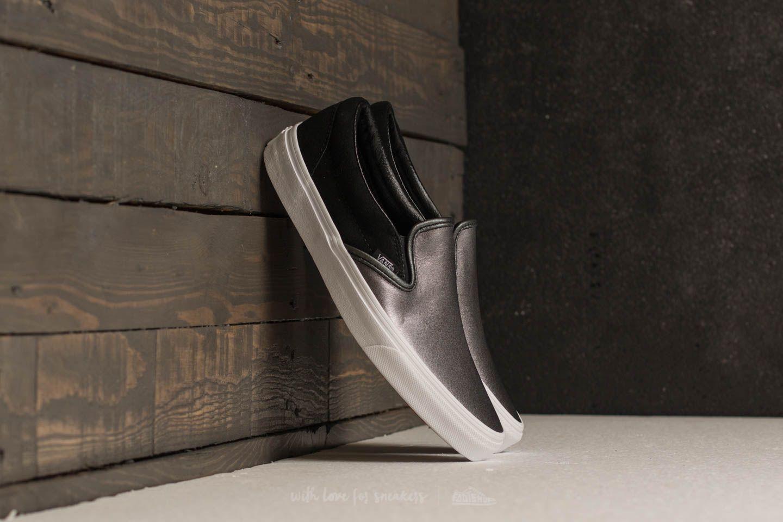Vans Classic Slip-On (2-Tone Metallic) Black  True White  d24c2a53b5