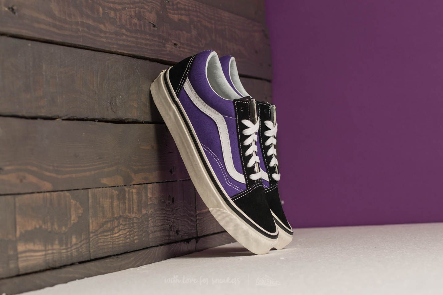 Vans Old Skool 36 DX (Anaheim Factory) Black  Bright Purple  45d6dfa9be