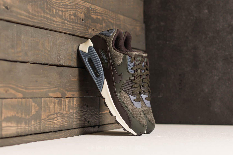 Nike Air Max 90 Premium Sequoia Velvet Brown | Footshop