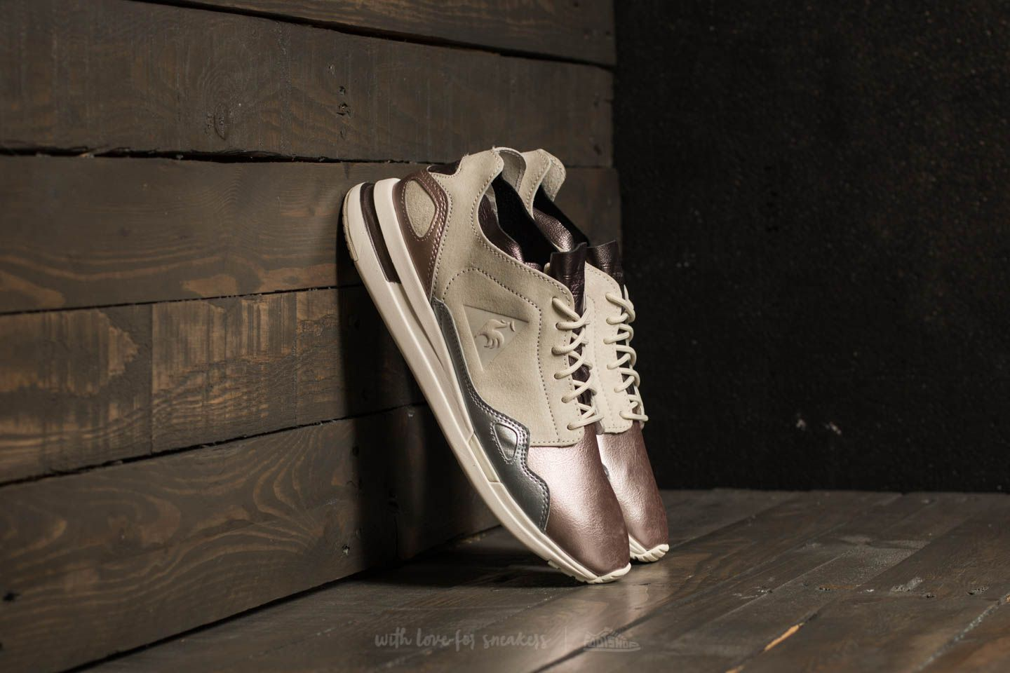 7733dfa13919 le coq sportif LCS R Flow Metallic Leather Mix Multicolour at a great price  77 €
