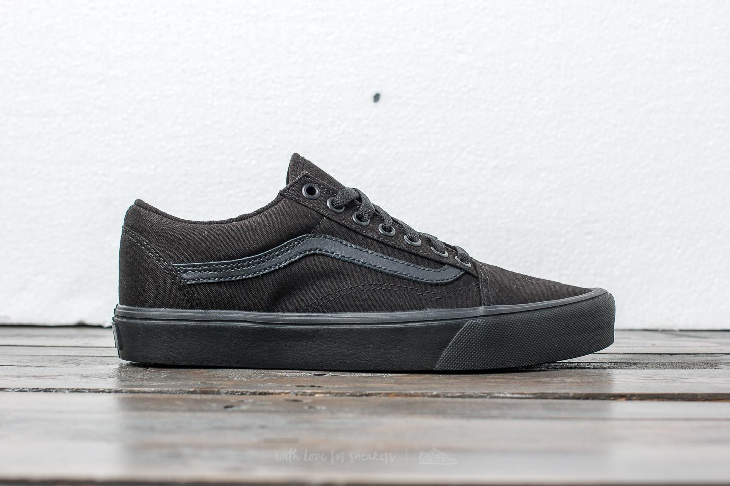 a12c315a1de626 Vans Old Skool Lite (Canvas) Black  Black at a great price 86 €