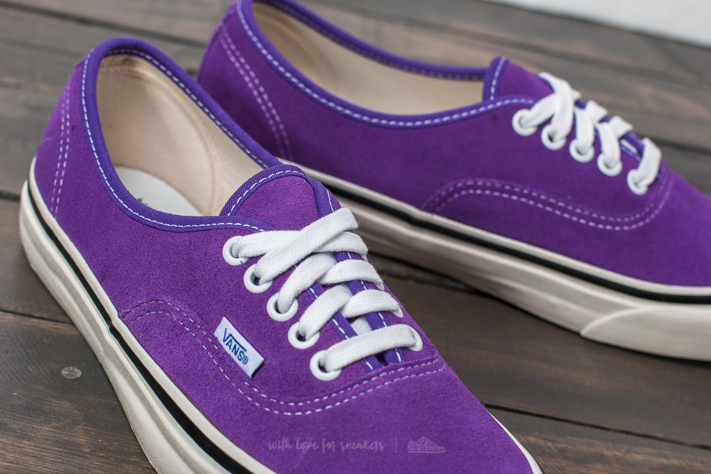 715cf5a55f Vans authentic anaheim factory bright purple at a great price € jpg  1440x960 Purple vans logo