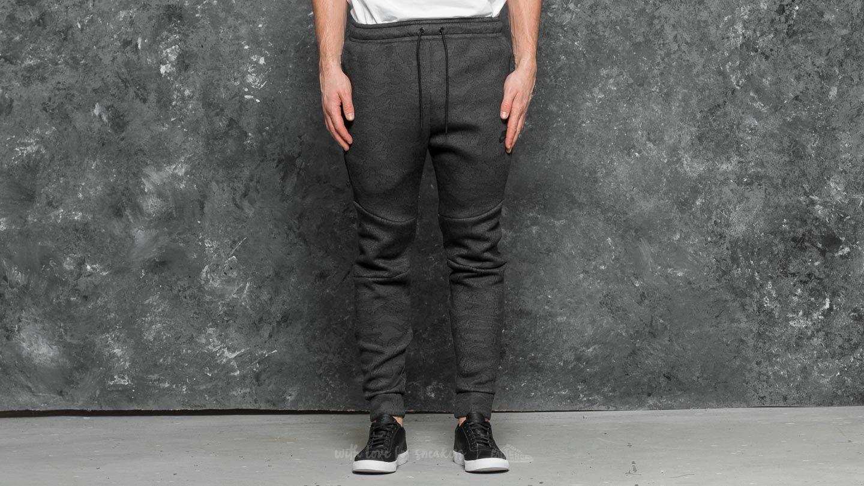 detailed pictures f0eac b7a63 Nike Sportswear Tech Fleece Jacquard Pant