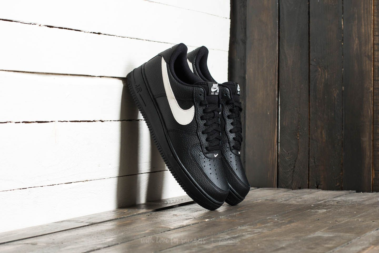 Men's shoes Nike Air Force 1 '07 Black