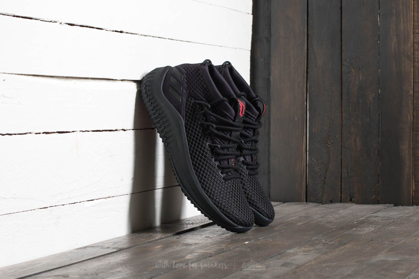 separation shoes f725b deeb0 adidas Dame 4. Core Black Core Black Scarlet