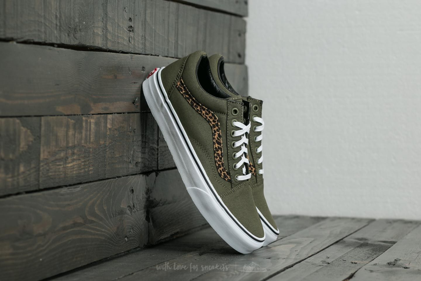 fe31ac4f81 Vans Old Skool (Mini Leopard) Army Green  True White