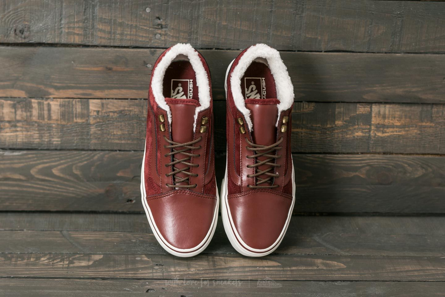 Vans Old Skool MTE DX Burgundy  Marshmallow at a great price 52 € buy at 30320b41c3