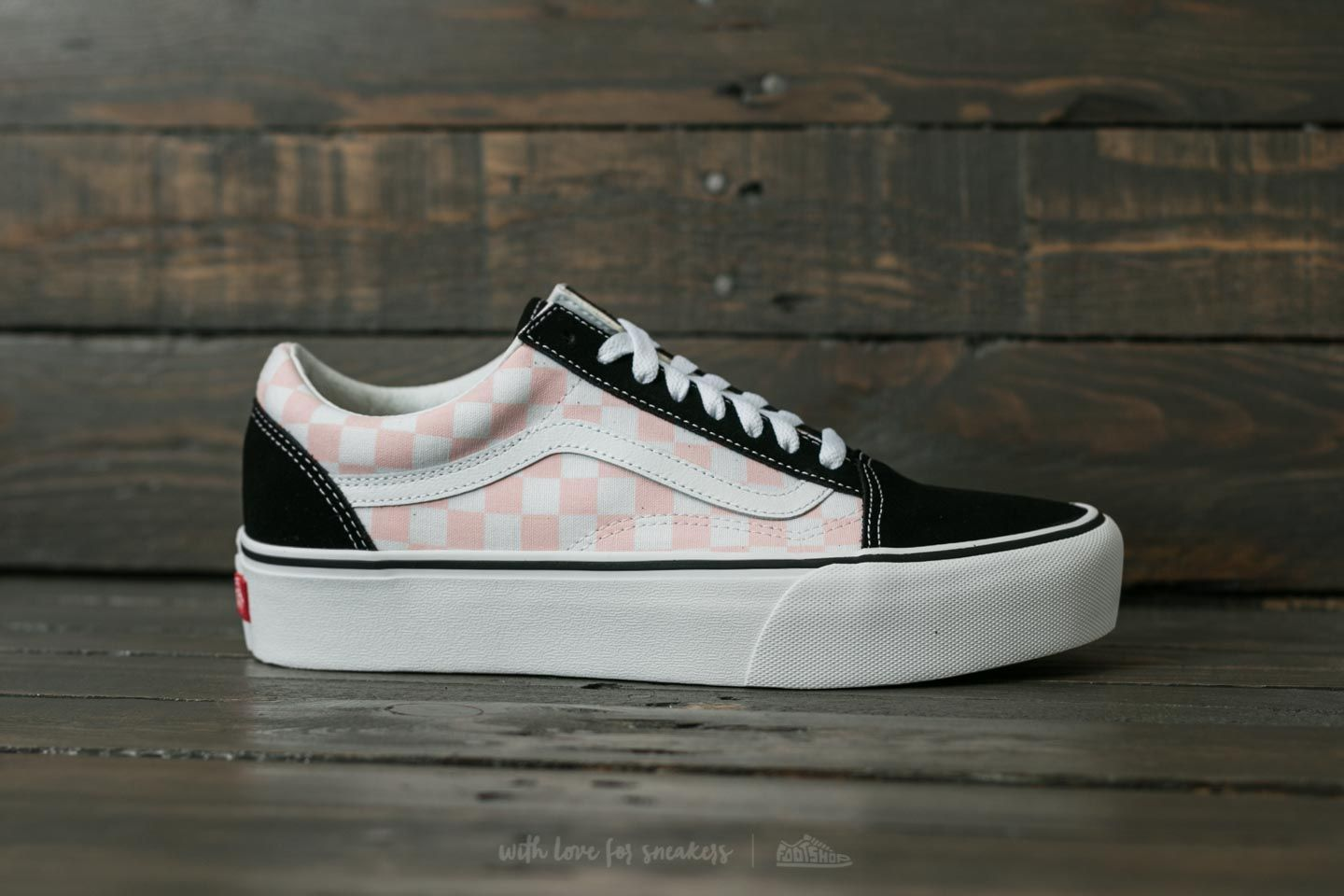 vans platform old skool checkerboard pink
