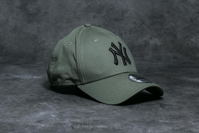 New Era 9Forty MLB League Essential New York Yankees Cap Khaki  Black 9c93bd830