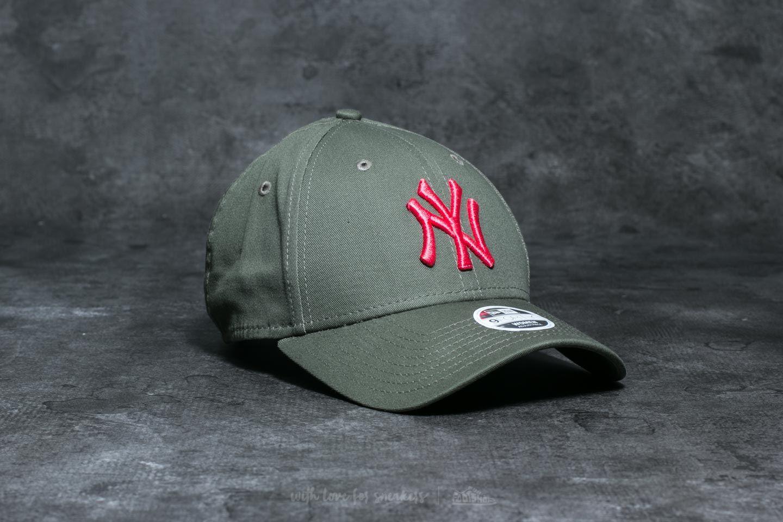 New Era 9Forty Wmn League Essential New York Yankees Cap Khaki ... e20932051