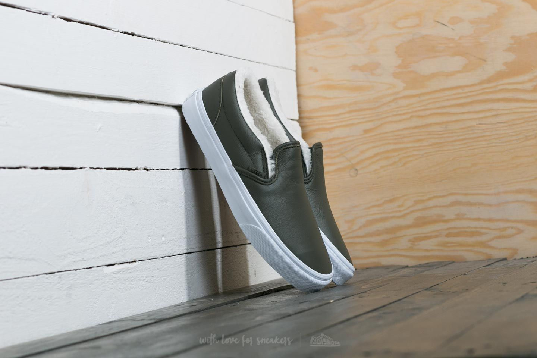 Vans Classic Slip-On (Leather) Grape Leaf/ True White