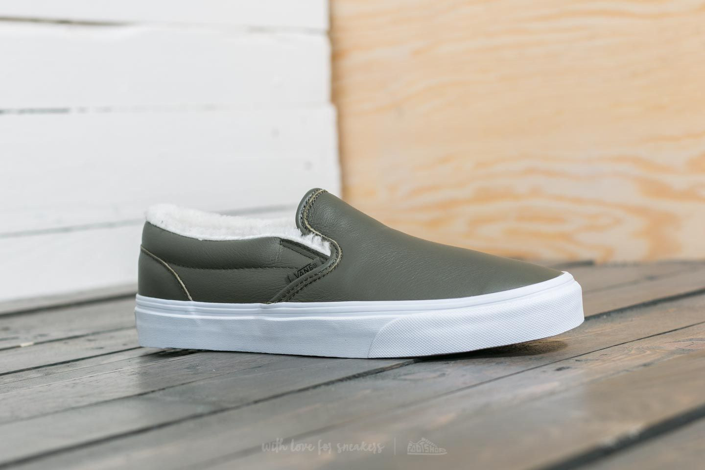 c1dadba0d5 Vans Classic Slip-On (Leather) Grape Leaf  True White at a great