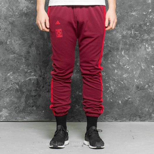Pants and jeans adidas Yeezy Calabasas