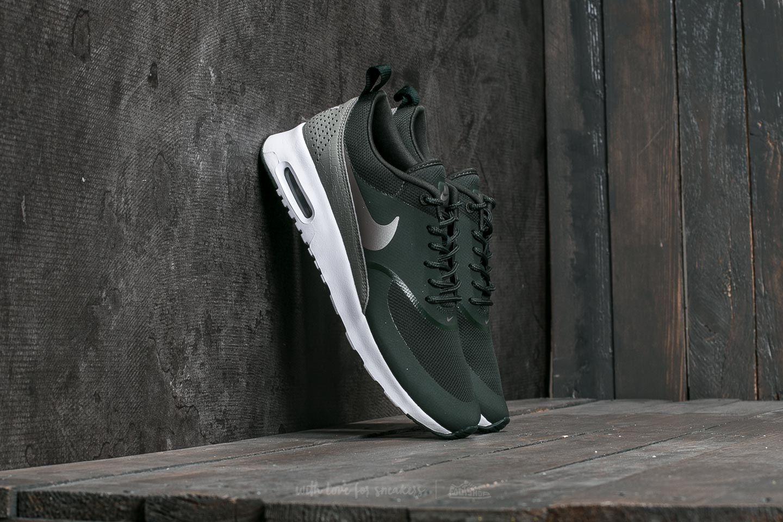 premium selection 74b41 e76ed Nike W Air Max Thea. Outdoor Green  Metallic Pewter
