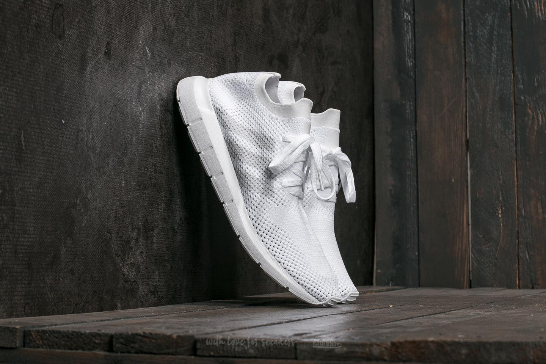 3321c1b0f21b adidas Swift Run Primeknit FTW White  Grey One  FTW White at a great price