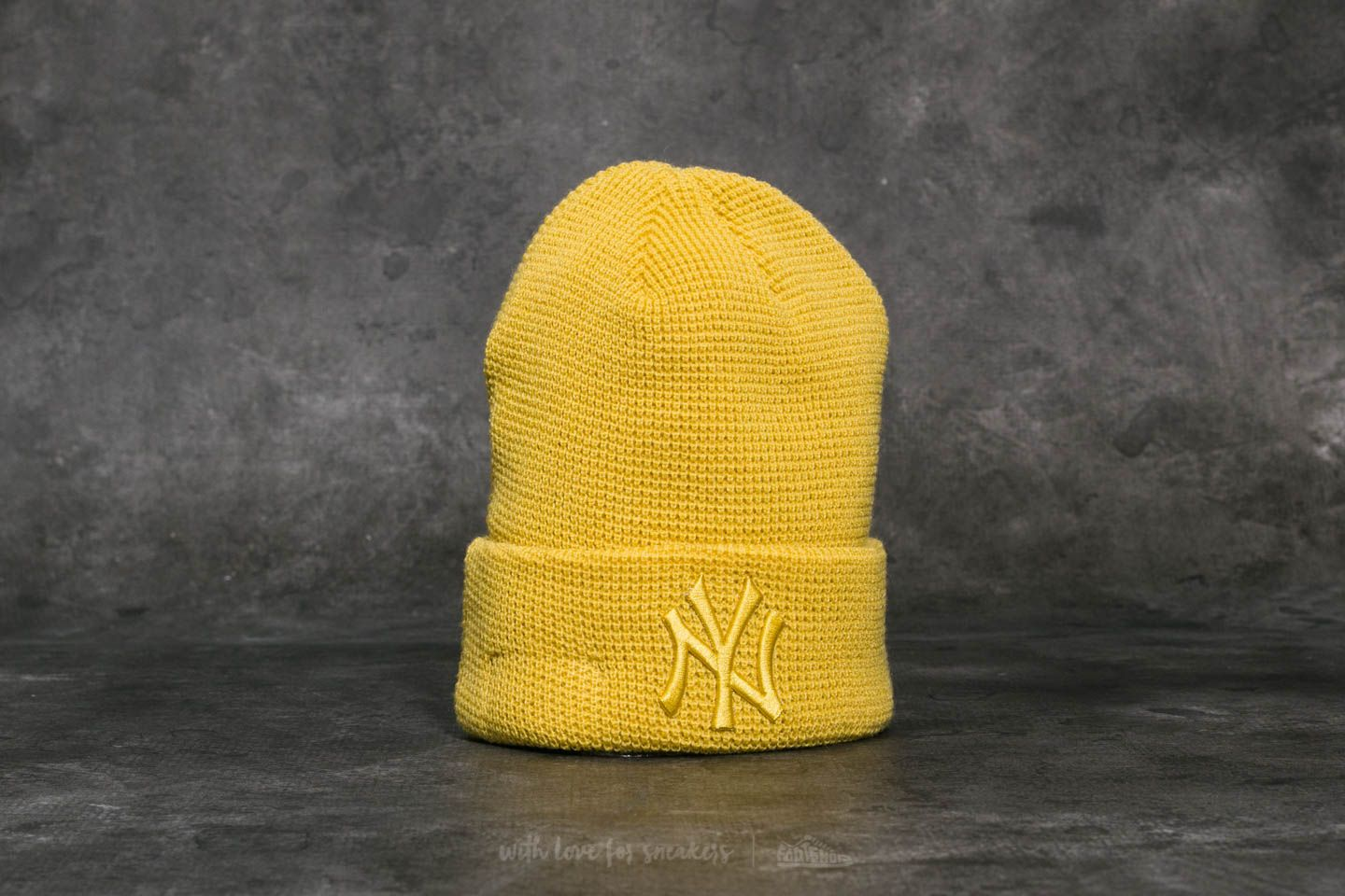 New Era MLB Essential Waffle Knit New York Yankees Beanie Yellow ... 493a121c49a