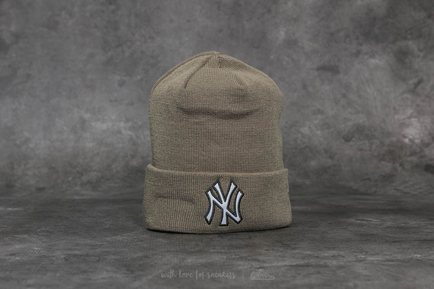 New Era MLB Night Ops Cuff New York Yankees Beanie Green ... dc01d3d476e