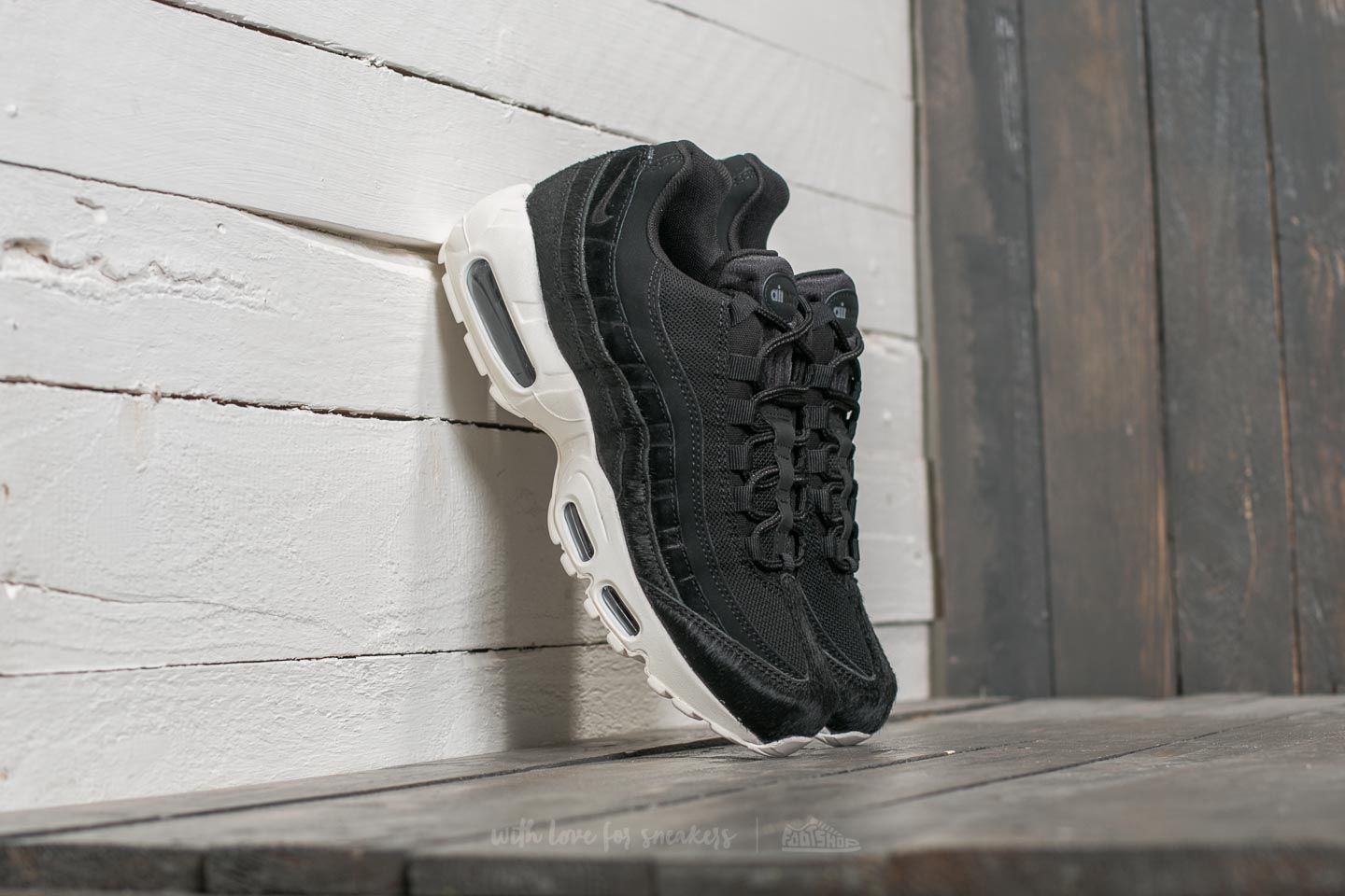wholesale dealer e0211 08bc6 Nike W Air Max 95 LX Black/ Black/ Dark Grey/ Sail | Footshop