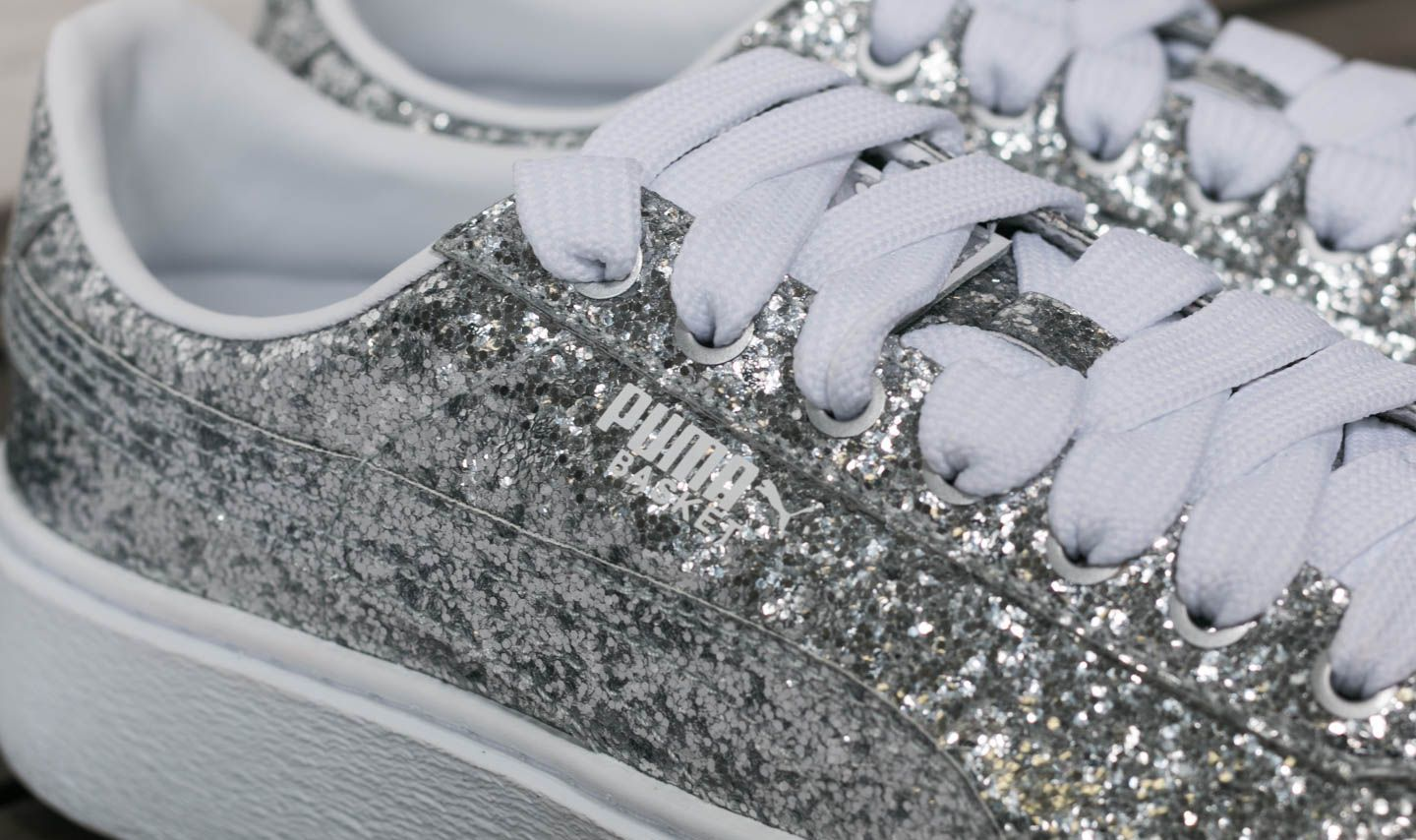 Puma Basket Platform Glitter Wn s Silver-Silver at a great price £105 buy at 042ea3d87