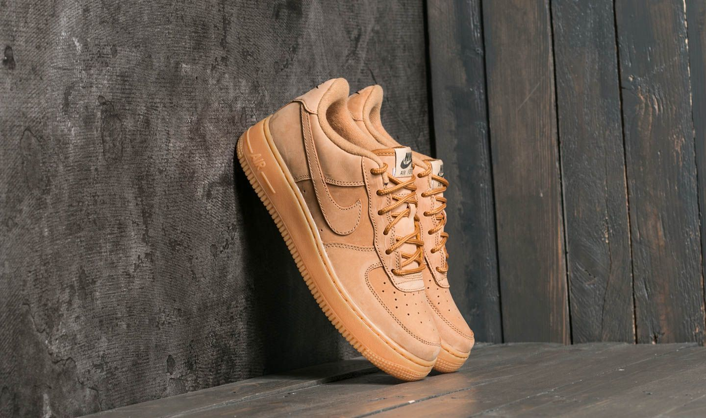Nike Air Force 1 Winter Premium GS Flax/ Flax-Outdoor Green
