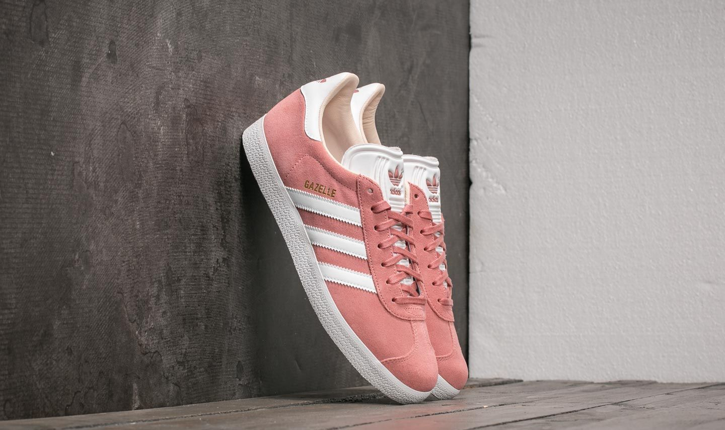 5033e91915c966 adidas Gazelle W Ash Pearl  Ftw White  Linen at a great price 70 €
