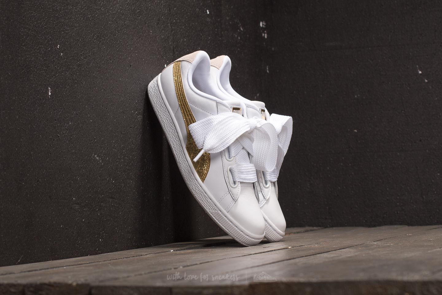 new product cc4f3 ea356 Puma Basket Heart Glitter Wn's Puma White/ Gold | Footshop