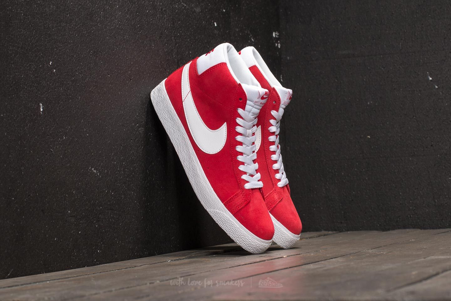 new style 0c2f7 189e5 Nike SB Zoom Blazer Mid. University Red White
