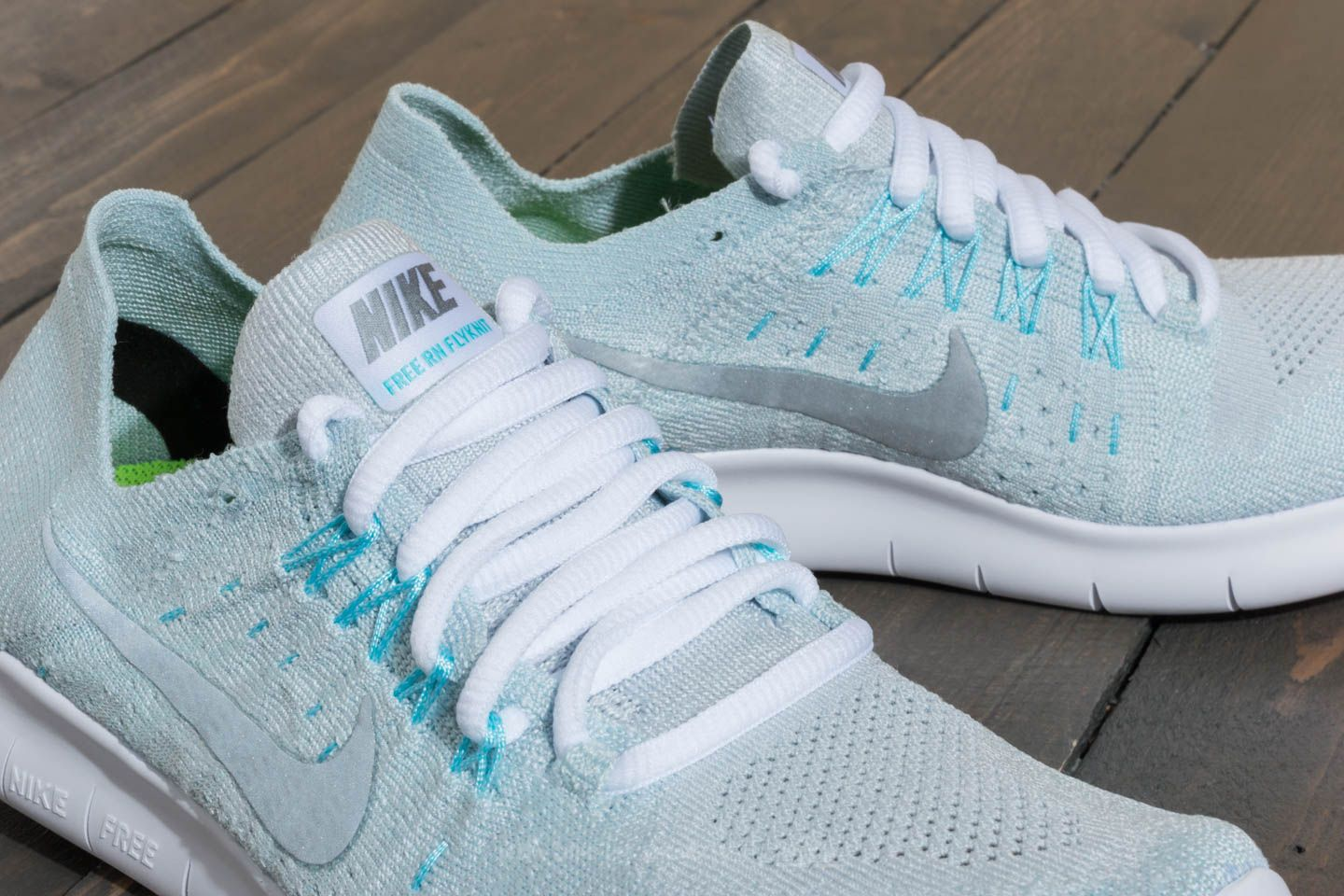 Nike Wmns Free Run Flyknit 2017 Pure Platinum  Metallic Silver at a great  price  91 cb5034ad69