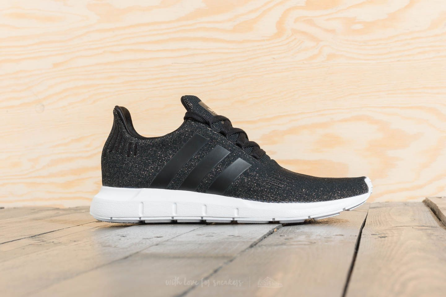 huge discount d14af f0507 adidas Swift Run W Core Black  Core Black  Ftw White at a great price