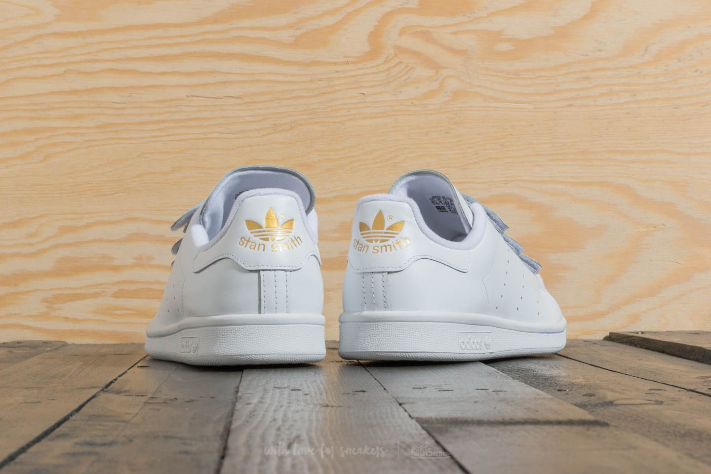 lowest price a345a 24771 adidas Stan Smith Ftw White  Gold Metallic at a great price £39 buy at