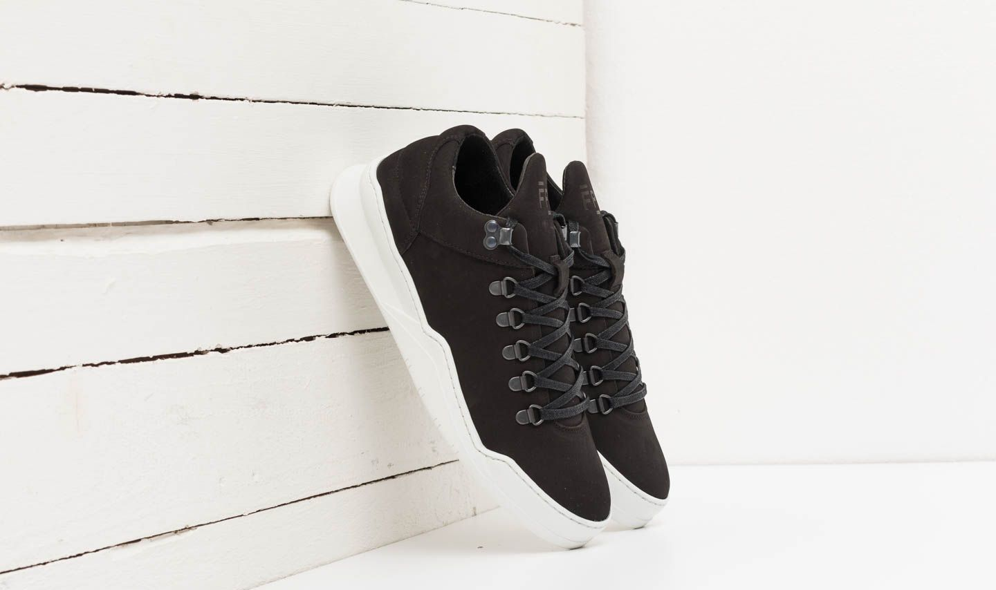 Filling Pieces Mountain Cut Lane Ghost Black