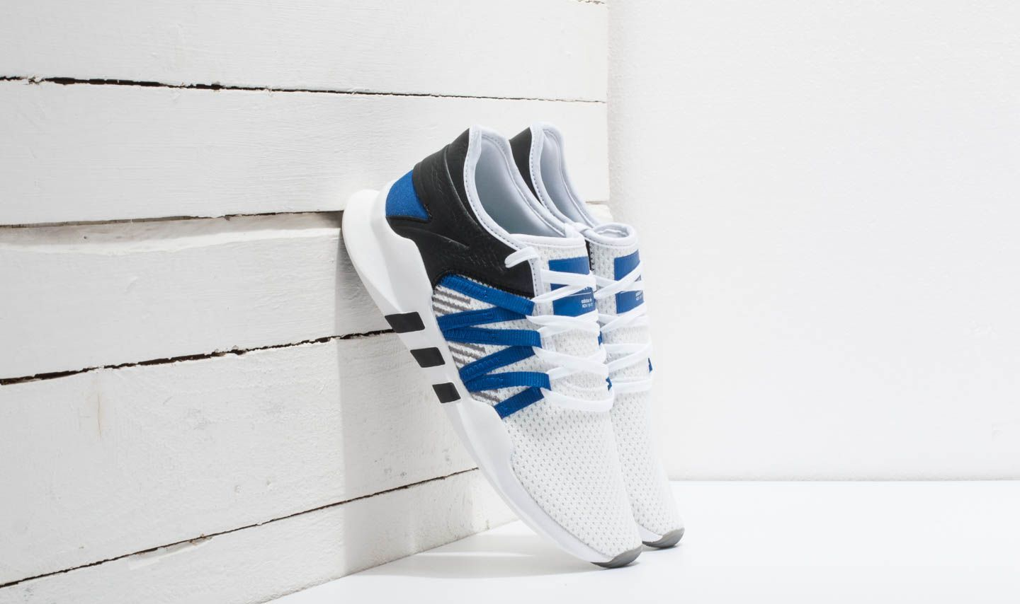 official photos 9a634 609c5 adidas EQT Racing ADV W Ftw White Collegiate Royal Core Black at a great