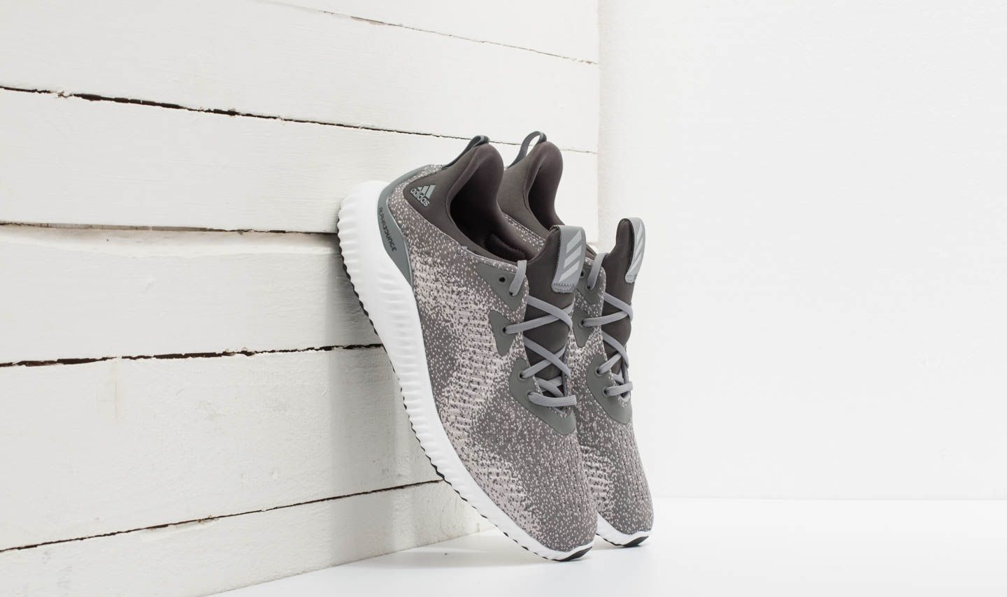 adidas Alphabounce EM M Grey Three  Grey Two  Dgh Solid Grey ... 978f3890c