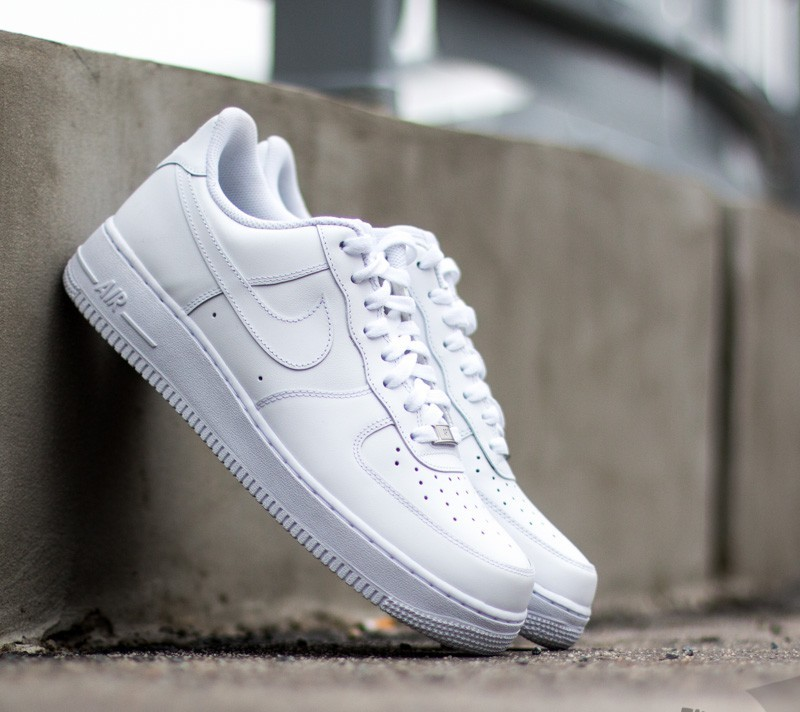 Nike Air Force 1  07 White  White at a great price 99 € buy b80508d69