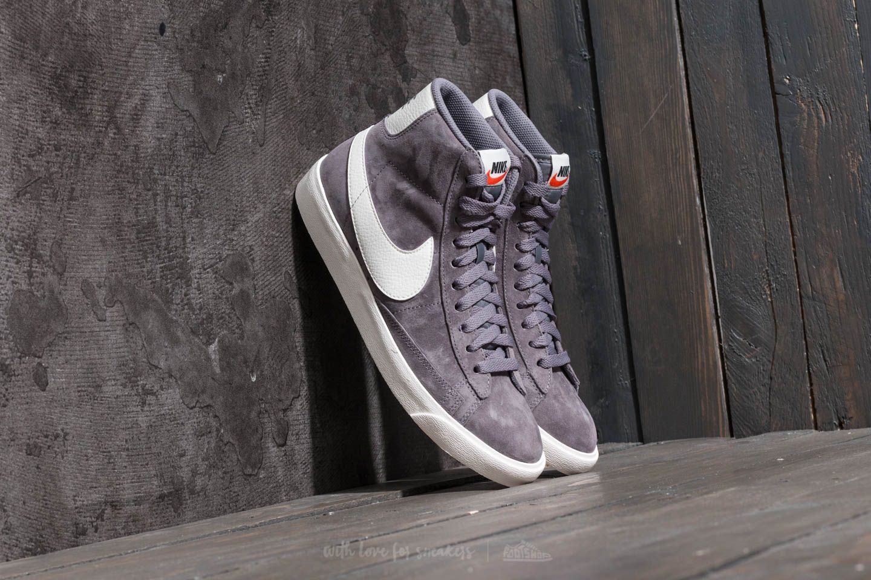 b48858f41148d Nike Wmns Blazer Mid Vintage Suede Gunsmoke/ Sail-Black | Footshop