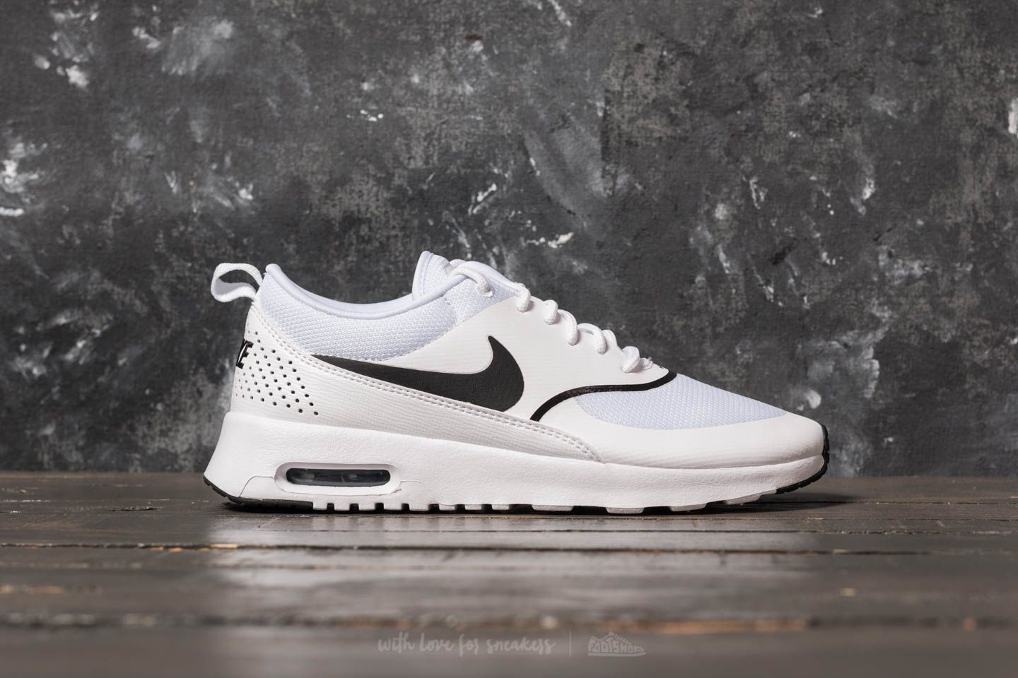 99ac8621969 Nike Wmns Air Max Thea White  Black at a great price 121 € buy at