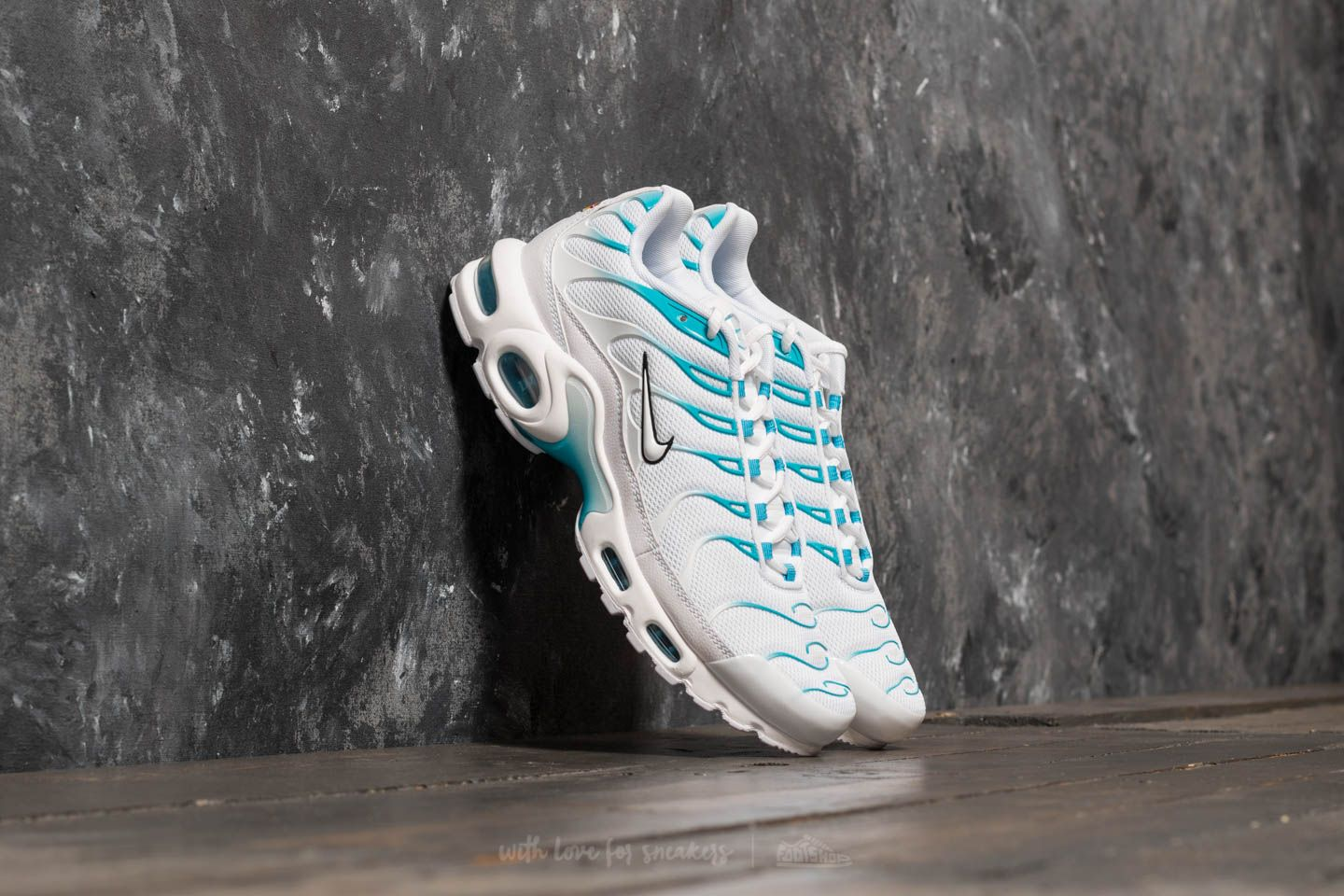 half off 6f107 ae357 Nike Air Max Plus. White ...