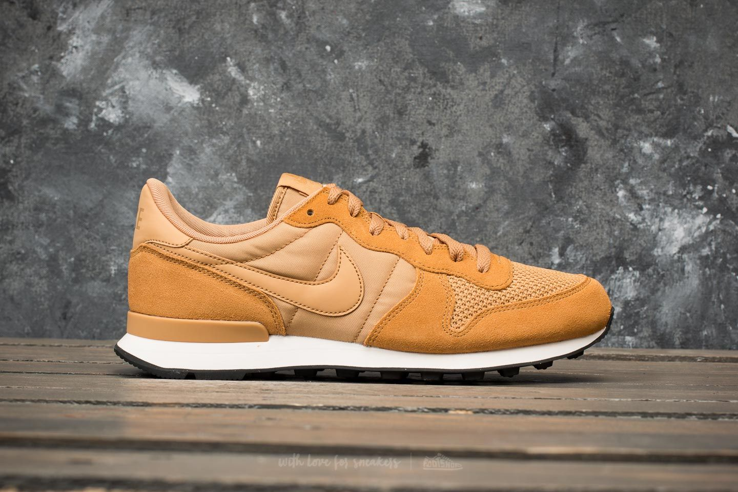super popular eb274 db349 Nike Internationalist SE Elemental Gold/ Elemental Gold au meilleur prix 53  € Achetez sur Footshop