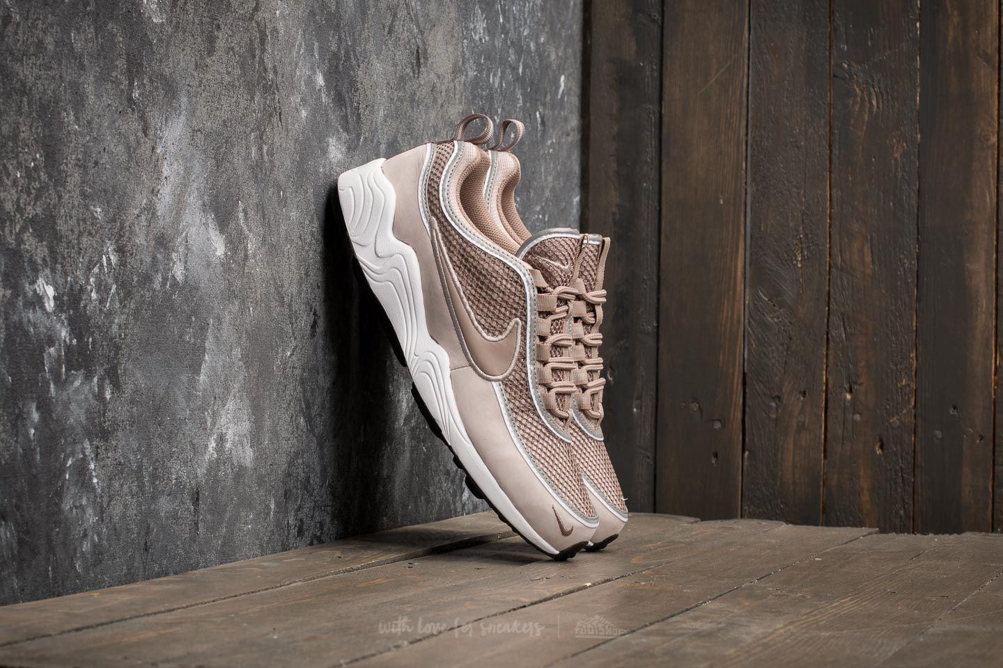 Nike Air Zoom Spiridon '16 SE Moon Particle/ Sepia Stone