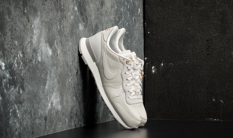 online retailer e8d8b 072f1 Nike W Internationalist Premium. Vast Grey  Vast Grey