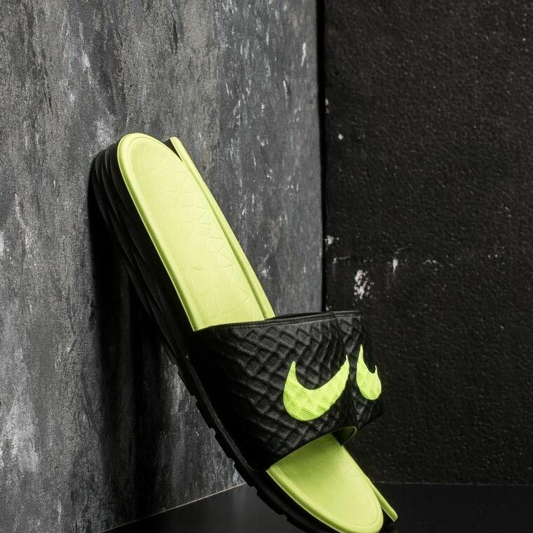 Nike Benassi Solarsoft Black/ Volt EUR 41