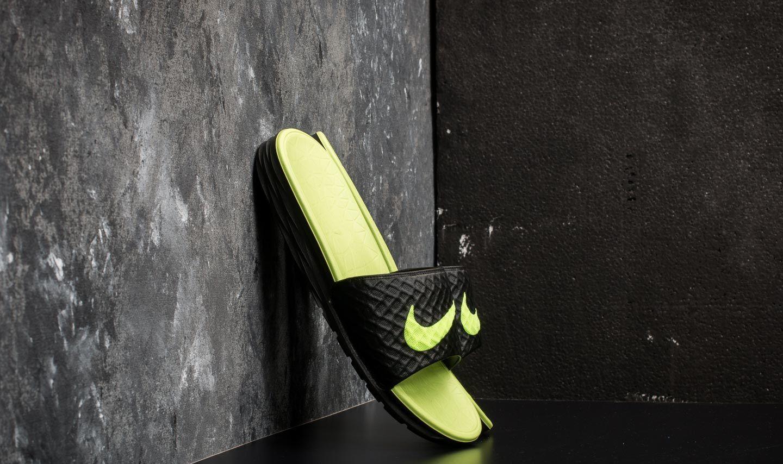 Nike Benassi Solarsoft Black/ Volt za skvělou cenu 560 Kč koupíte na Footshop.cz
