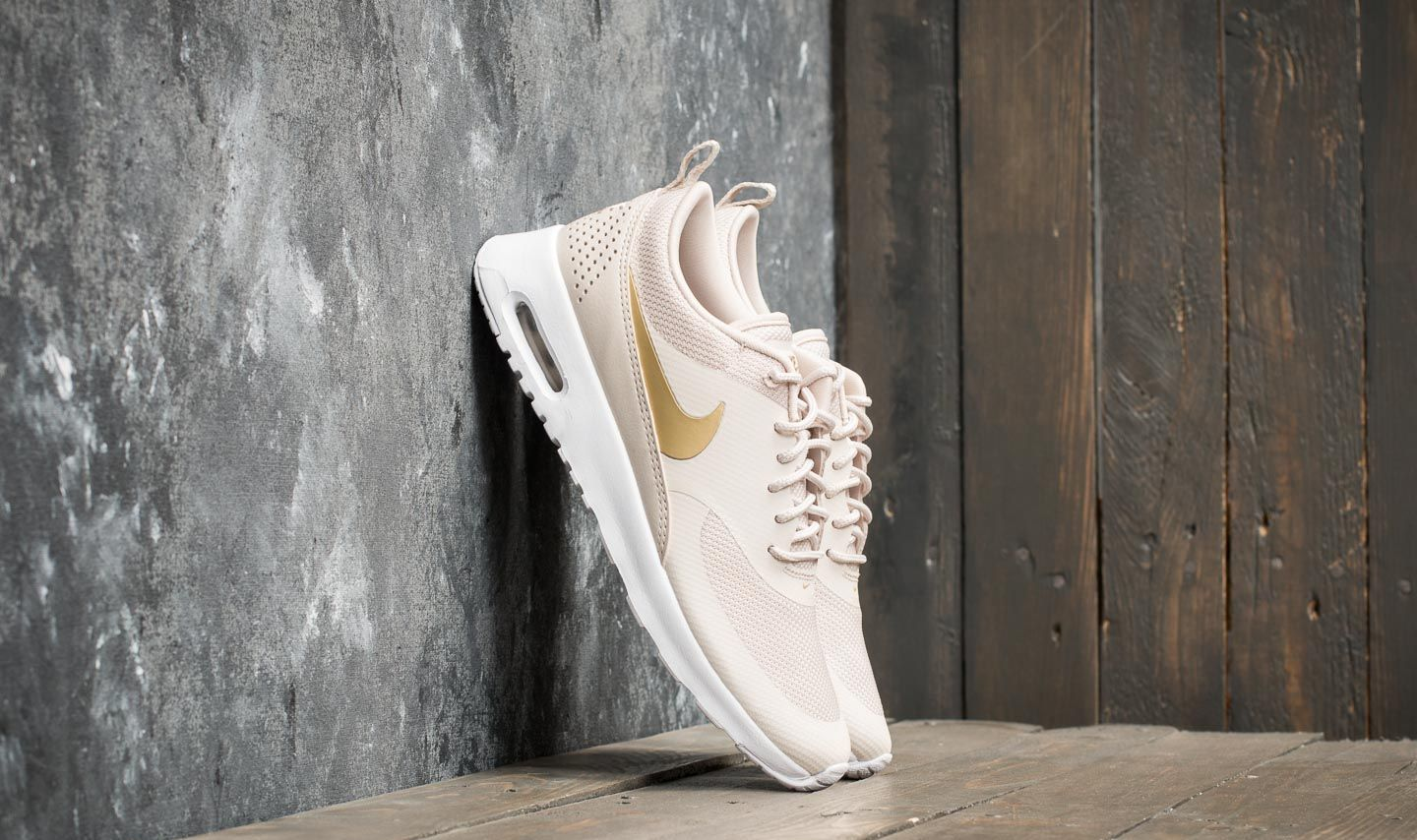 competitive price 928bc 256ed Nike Wmns Air Max Thea J