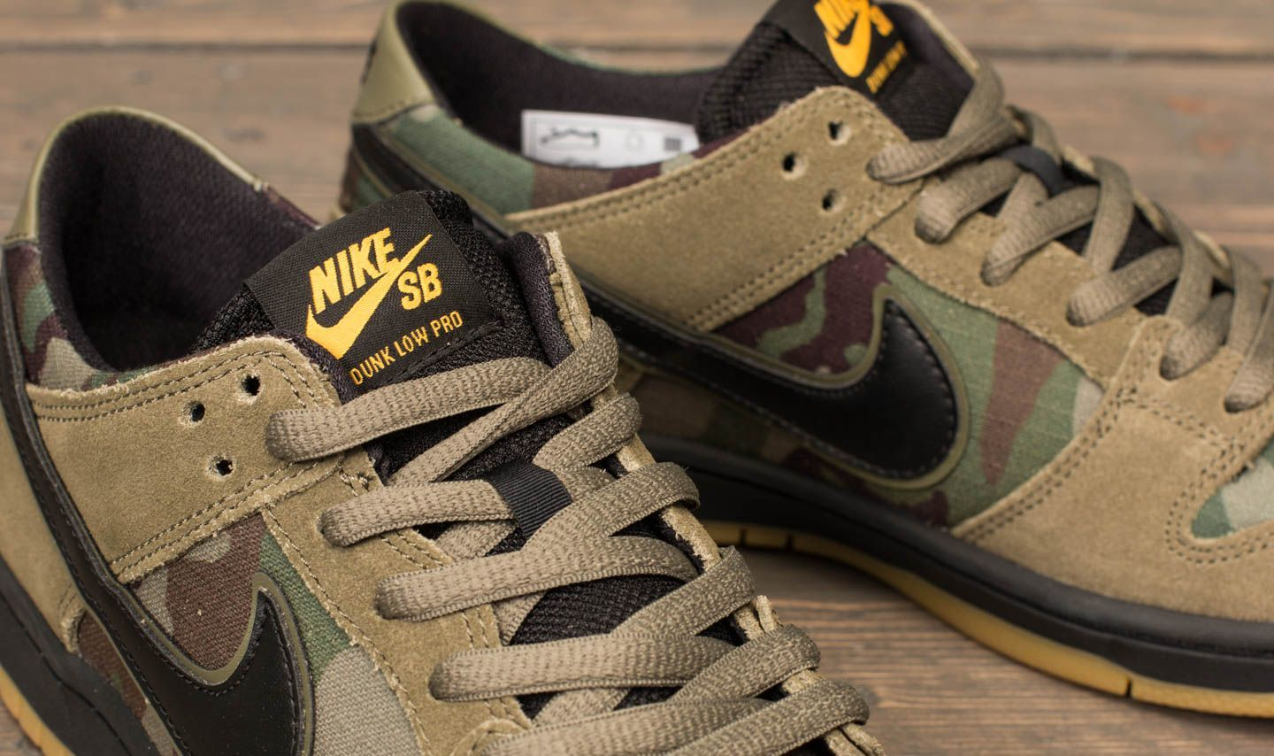competitive price 2f163 139fe ... spain nike sb zoom dunk low pro medium olive black at a great price 95  5340c